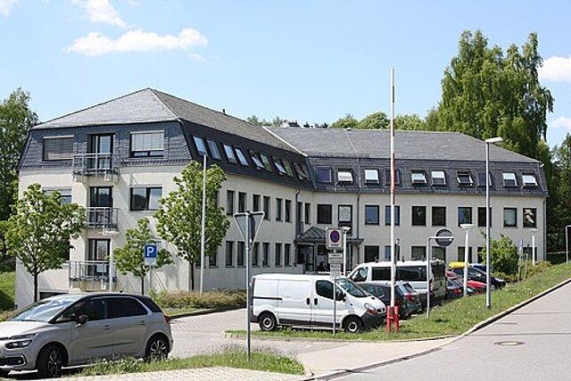 Dienstgebäude des Landratsamtes Erzgebirgskreis in der Bergstraße 7 in Marienberg.